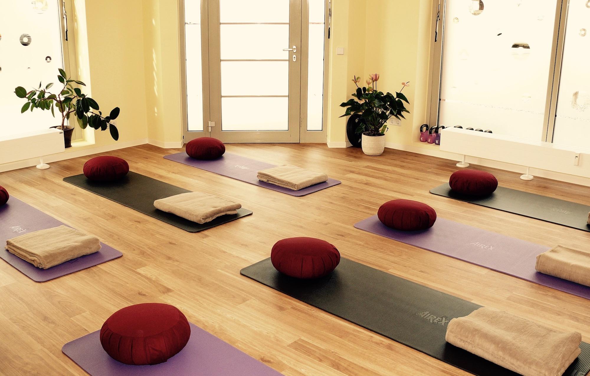 Yoga-Kurs in der Physiopraxis Schreiber in Dresden Seidnitz